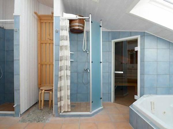 barrell shower