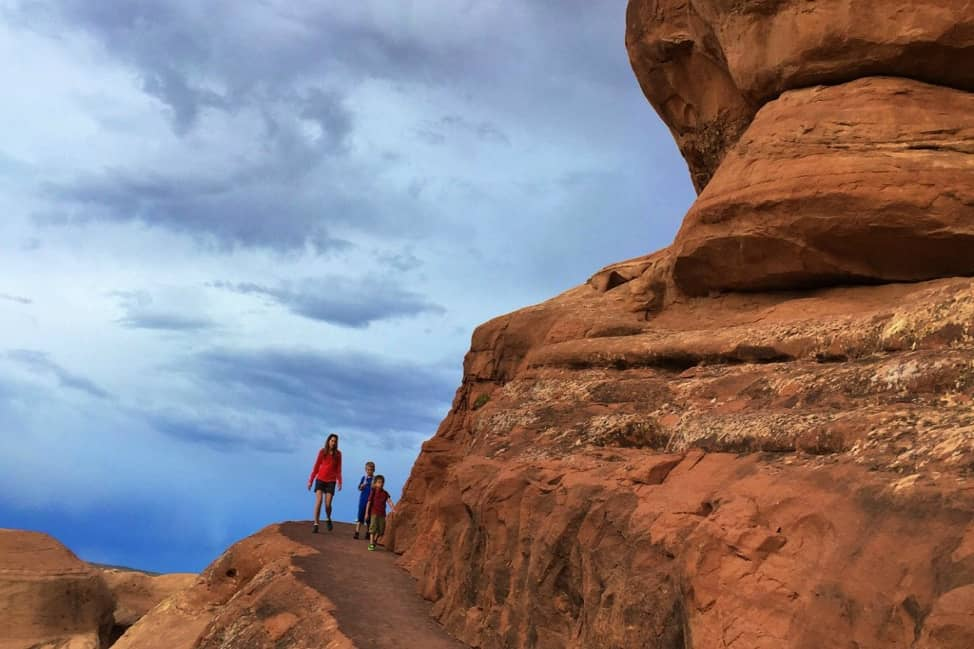the trail to Delicate Arch