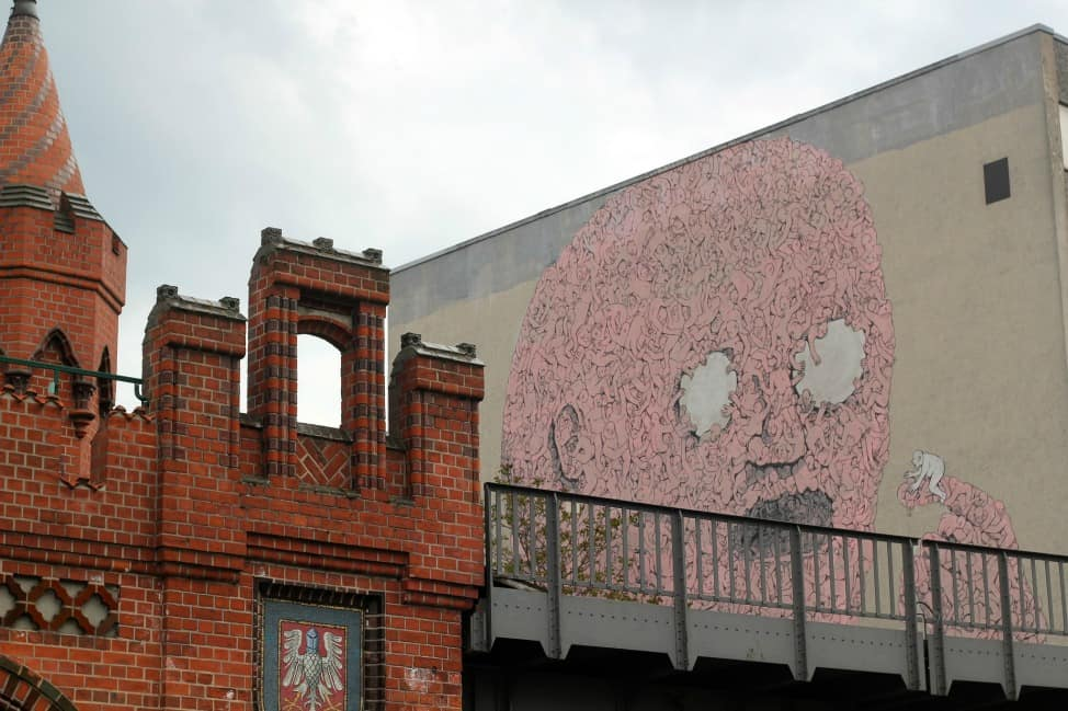 BLU's giant pink man