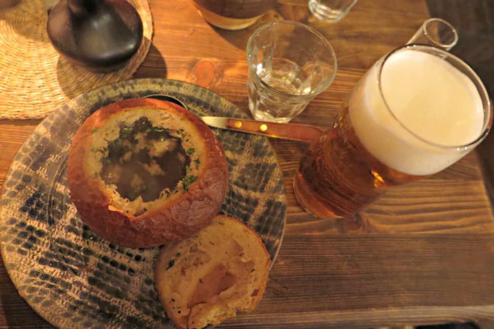 onion soup in a breadbowl-min