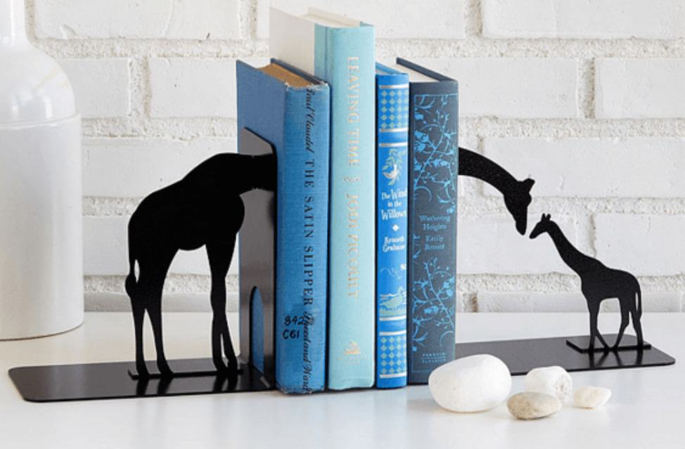 giraffe book-ends